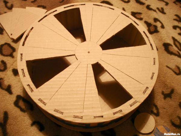 Как сделать колеса из картона своими руками