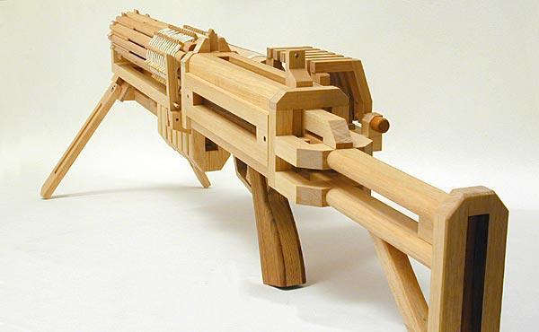 Оружие из досок своими руками
